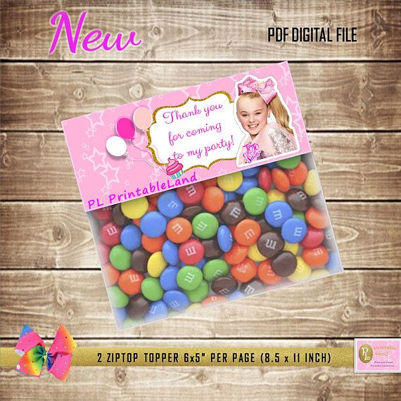 Instant Download  Jojo Siwa Favor Bag Toppers Perfect for your JOJO SIWA themed Birthday party!!! (>‿◠)✌ Easy Order Process: (^◡^ )  1. Choose your JOJO SIWA Favor Bag Toppers and purchase (PAYPAL).  2. You can download a file in PDF format.  3. Print on your home, your own Favor Bag Toppers. No Shipping Cost and print as many Bag Toppers as you need. You will receive: (>‿◠)✌ a NON-PERSONALIZED PRINTABLE digital file for printing on cardstock [110lb] or photo paper. ...