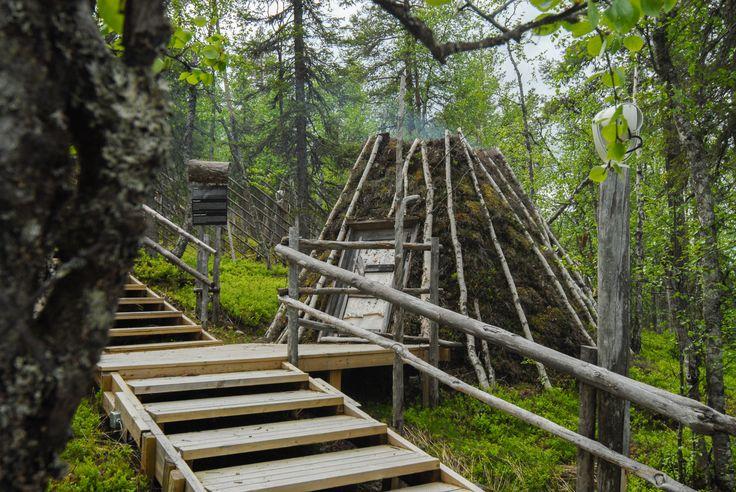 Peat goahti 1.   Image by Kimmo Hyötylä.