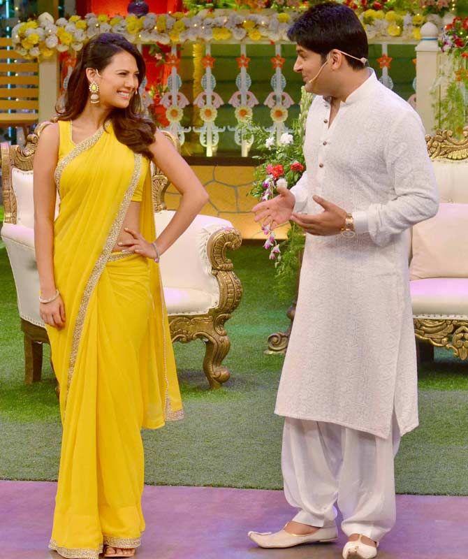 Kapil Sharma with Rochelle Rao on 'The Kapil Sharma Show'. #Bollywood #Fashion #Style #Beauty #Hot #Sexy #Saree