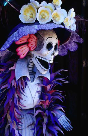 Dia de los Muertos. México celebra con la muerte