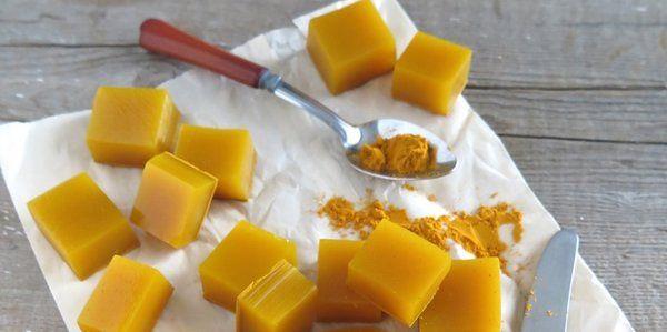 Caramelle alla curcuma: le ricette per prepararle in casa - greenMe