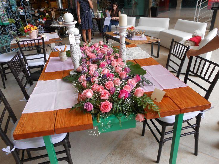 Mesa con jardinera integrada, renueva tu espacio con madera-hierro@hotmail.com SOMOS MUEBLES DIFERENTES