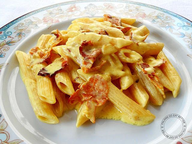 ITALIANS DO EAT BETTER: PENNE CON PANCETTA E ZAFFERANO