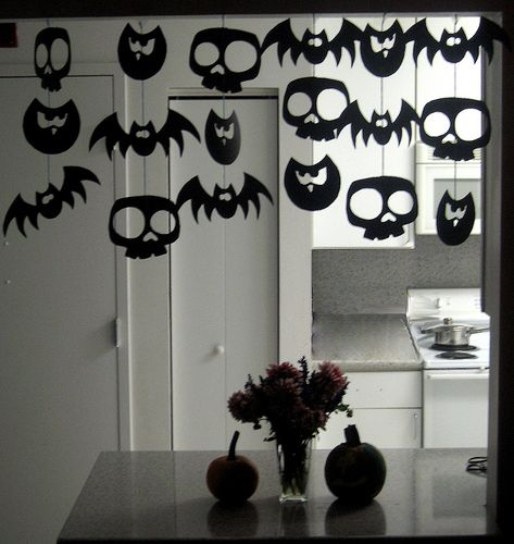 look at this diy halloween garland idea featured on forty two roads we are handing this one over to erin our halloween decorator