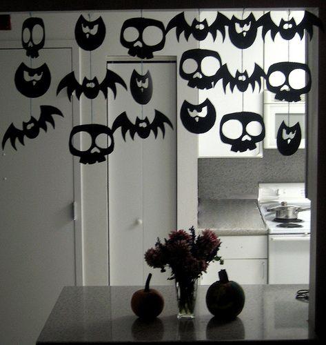 uma guirlanda de papel para o halloween - Halloween Decorations Paper