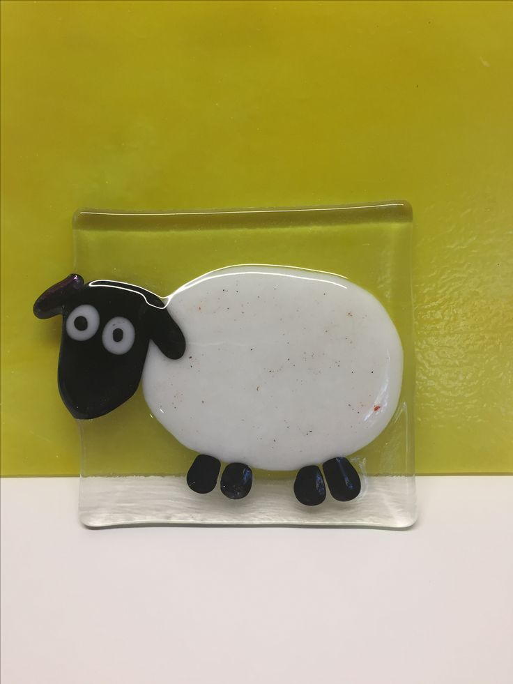 Mouton de verre fusionné / fused glass