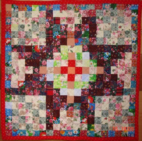 Handmade-Vintage-Quilt-Patchwork-Hand-made-106-x-106