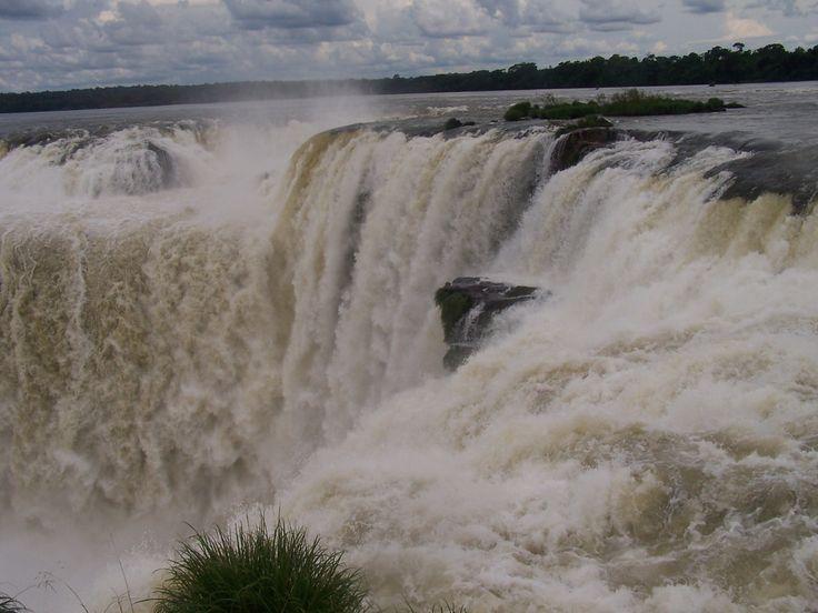 Iguazu Wasserfälle, oder : Die Wetterhexe