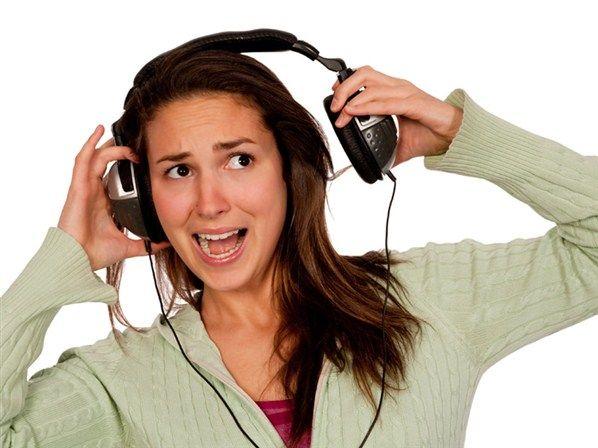 aparelho-auditivo-aparelhos-auditivos-museu-fones-ouvido-perda-auditiva3