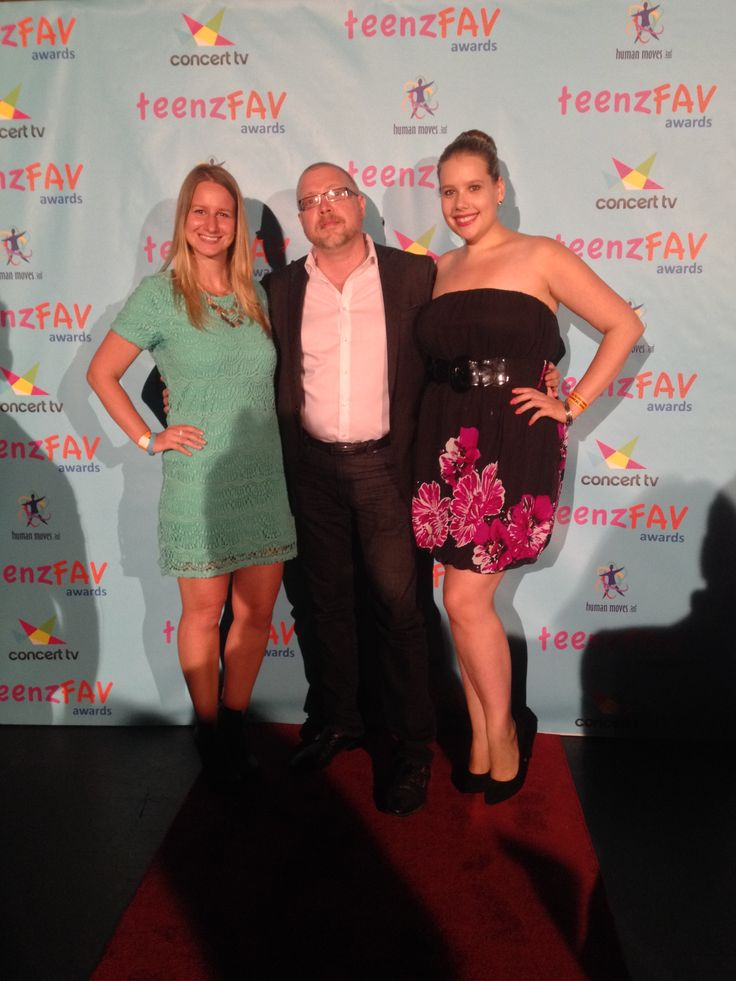 With my PR team at the Teen Faves awards