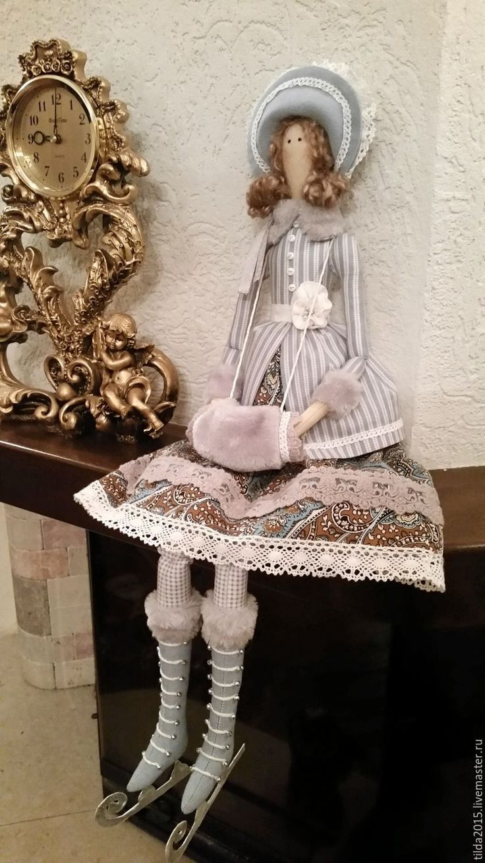 Купить Зимняя барышня на коньках - комбинированный, кукла ручной работы, кукла в подарок, оригинальный подарок