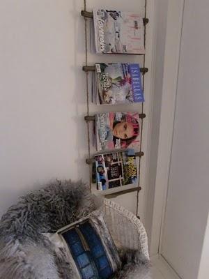 hanging magazine rack made from driftwood/sticks and rope: Dauen Salons, Salons Ideas, Hanging Magazines, Houses Ideas, Magazines Racks, Harja Dauen, Magazine Racks, Storage Ideas
