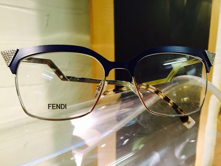 oggi in #vetrina c'è #FENDI!  Se cerchi #occhiali da vista e occhiali da sole non convenzionali a #pesaro e #montecchio...la risposta è #otticaventuri!