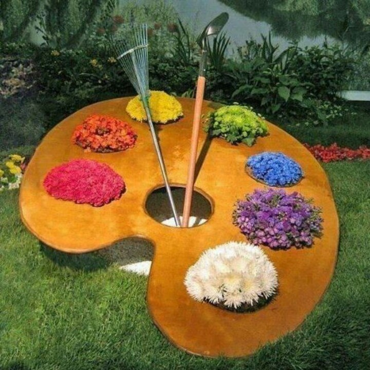 Amazing Paint Pallet Potting ♡ Fun Garden Idea When You Have Colorful Plants
