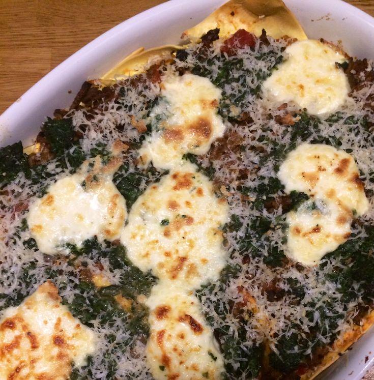 Ik had alle ingrediënten voor deze spinazie lasagne van het weekend al gehaald en vond het zonde om ze te laten liggen.