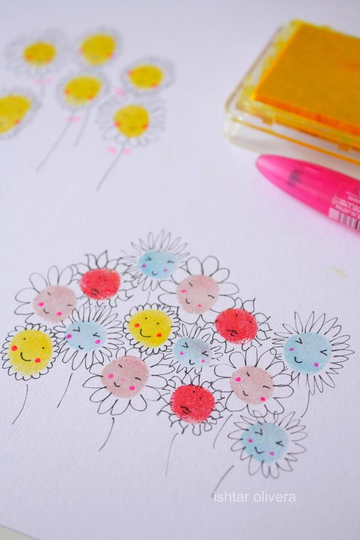 Fingerprint flowers. Too cute! What a great idea for Mothers & Fathers Day cards - especially for the grandparents!