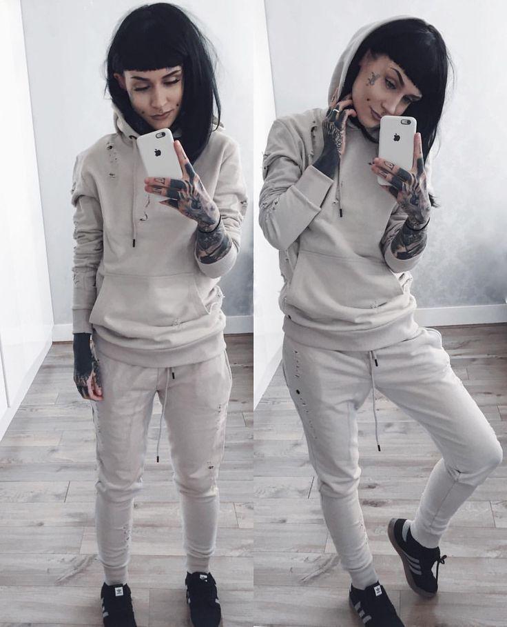 """Monami Frost on Instagram: """"✨ #OOTD - @criminaldamage sweats #criminaldamage / @lush_wigs wig / @adidas shoes #adidas"""""""