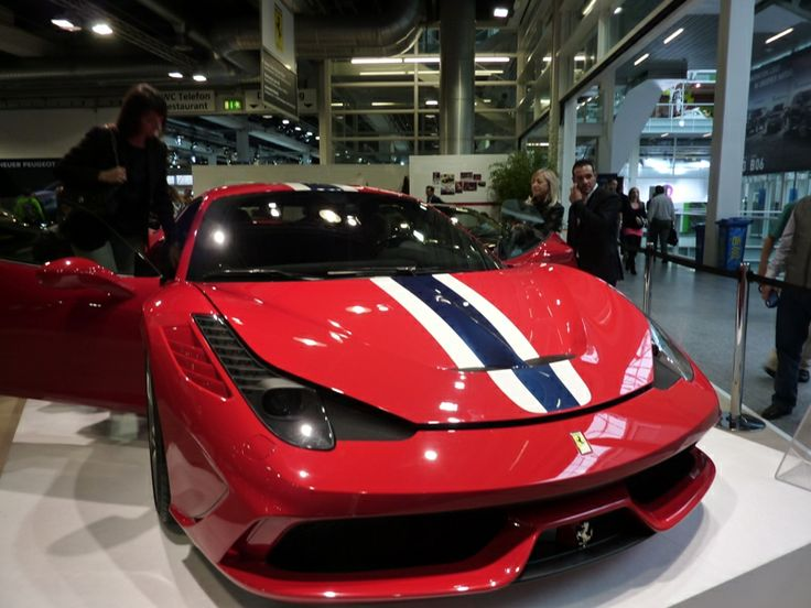 Images from the Geneva Motor Show and Zurich behind the scenes. http://webseiten-seo.ch