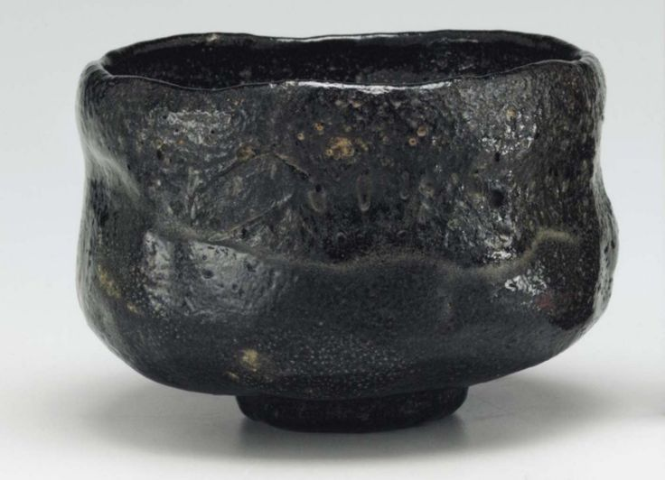ICHINYU (1640-1696) 4th-generation raku master. Black chawan