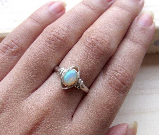 ★★★ Feuer Opal Sterling Silber Ring / Promise Ring / 925 Sterling Silber Ring / Edelstein Ring für Frauen - Opal Schmuck ★★★  Verwendete Materialien - ★ Natürliche Feuer Opal ★ Sterling...