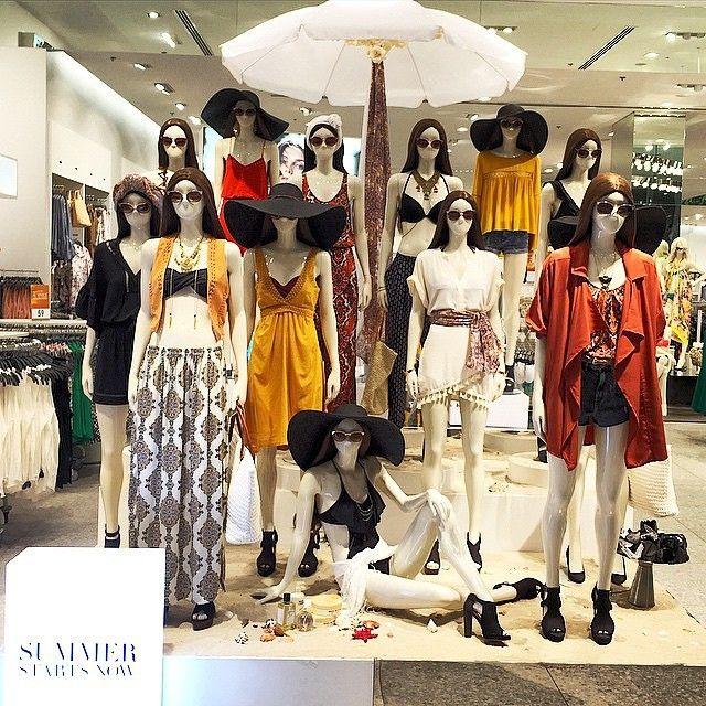 """H&M,London,UK, """"Summer Starts Now..... Yeah"""", pinned by Ton van der Veer"""