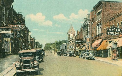 Bracebridge, Ontario by Wrecksdale Wreck, via Flickr