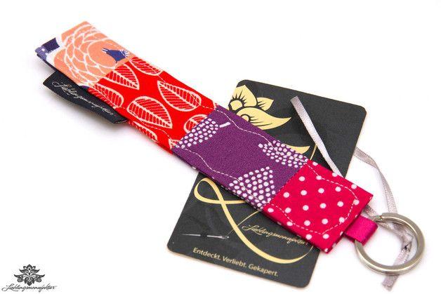 Geschenk für die beste Freundin: Bunter Stoff-Schlüsselanhänger der #lieblingsmanufaktur