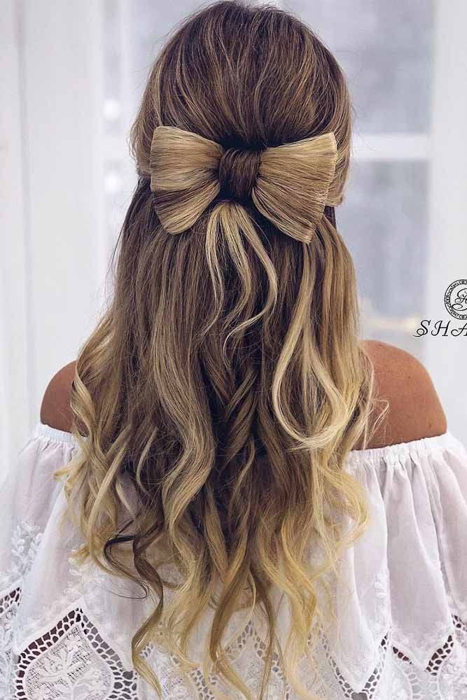 30 Super Cute Christmas Hairstyles For Long Hair Beautiful Hairstyles For Christmas Celebration Picture 3 See Easy Hairstyles Long Hair Styles Hair Styles