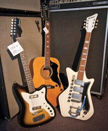 d693d11d18d4e4b3c66270a2120a6a96 guitar collection department store 56 best guitars airline eastwood images on pinterest  at readyjetset.co