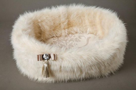 Champagne Faux Fur Dog Bed