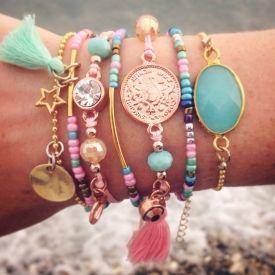 Ibiza style armbandjes - armcandy http://www.wenn-sieraden.nl/armbanden/