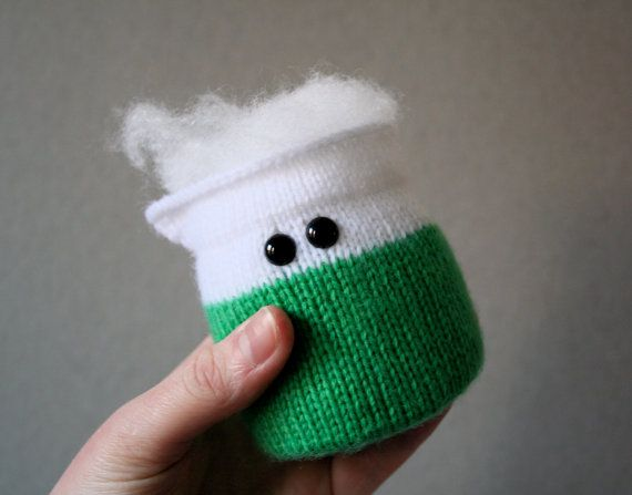 Okay, so I can't knit, but these are so cute I might learn! Knit your own Amigurumi Bubbling Beaker pdf by ButterflyLove1, $3.00