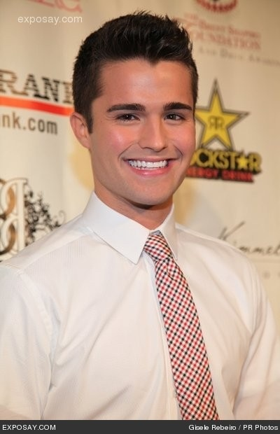 Spencer Boldman || can you say PROM DATE?