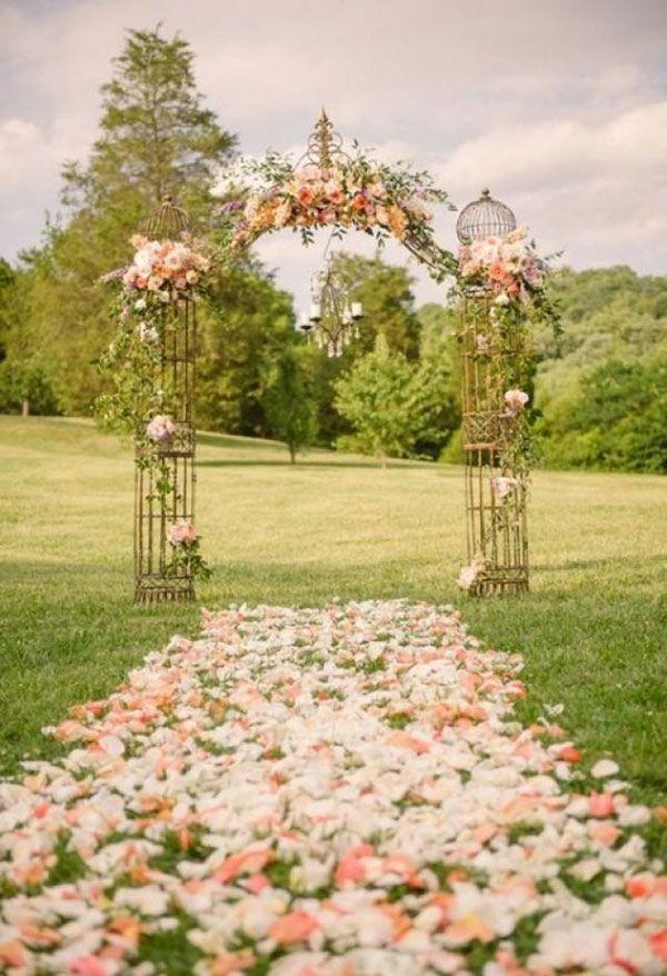 Hochzeit Gang Ideen – Krystal Mann Fotografie   – bridal arches and arbours