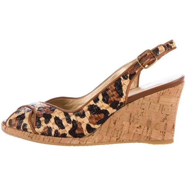 Pre-owned Stuart Weitzman Leopard Wedge Sandals ($145) ❤ liked on Polyvore featuring shoes, sandals, animal print, leopard wedge sandals, leopard sandals, peep toe sandals, stuart weitzman sandals and animal print sandals