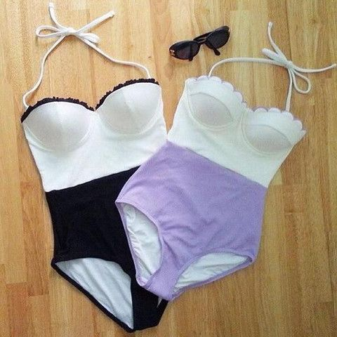 """Item Type: bikini Material: Polyester Pattern: splicing Style: Sexy Color: Purple, black Size: XS (US size) Bust: 31-33"""", Waist: 23-25"""", Hips: 33-35"""" S (US size) Bust: 33-35"""", Waist: 25-27"""", Hips: 35-"""