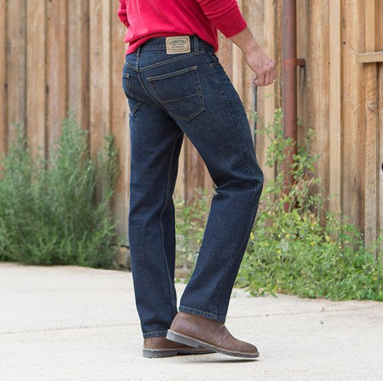 Signature by Levi Strauss & Co ™ Classic, Relaxed, Straight, Loose and Bootcut Jeans for Men