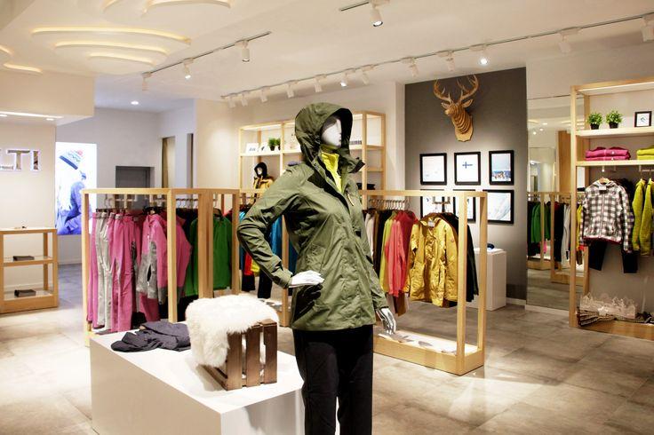 Halti Flagship Store by 5 Star Plus Retail Design. Lead Designer : Handy Setiawan & Team