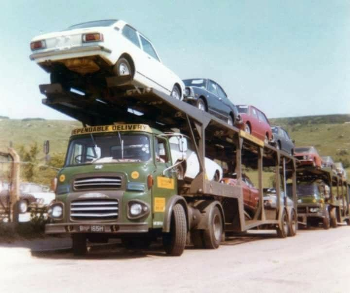 Albion Chieftain with a load of 4 Toyotas followed by a Bedford TM with a load of Lancias