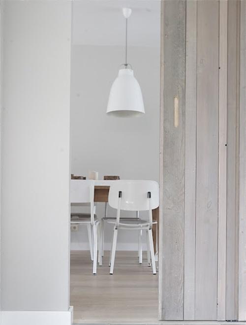 White Dining, Bathroom Doors, Dining Room, Beautiful Inspiration, Interiors, Grey Wall, Dining Style, Living, Sliding Doors