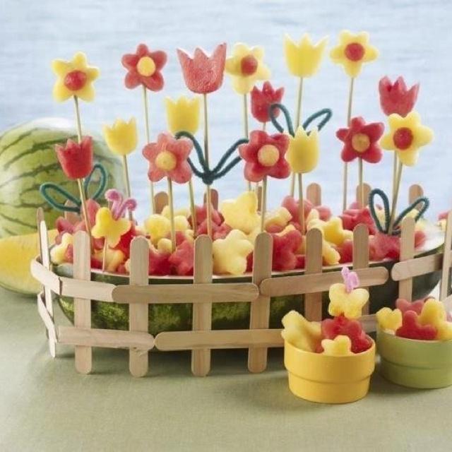Cute idea for a kids party: Melon garden