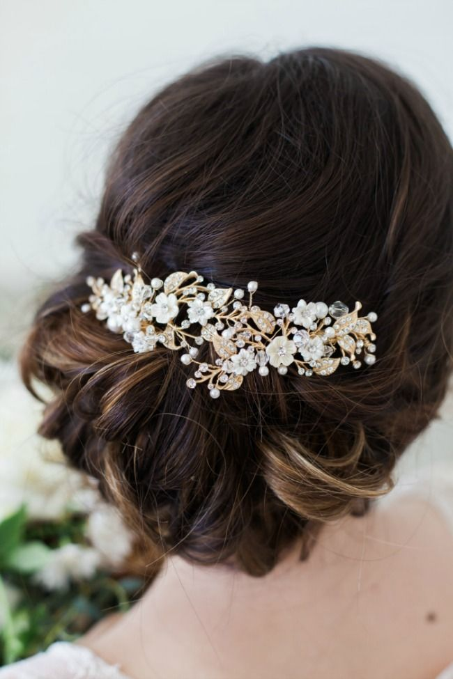 hair comb styles 25 best ideas about bridal comb on wedding 4408 | d695e9ea54e79ee3da04725d6b63dd67