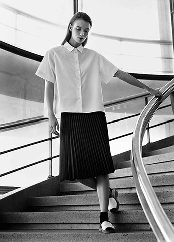 MARGARET HOWELL SPRING SUMMER 2015 CAMPAIGN Photographed at the De La Warr Pavilion, East Sussex, UK. Photographed by Alasdair McLellan