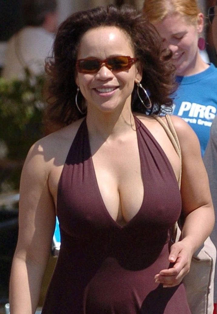 There any rosie perez boobs spielt sie