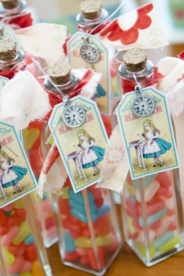 air   Un Shower  white in Favors  max Wonderland  and In                          Alice   Bridal  Alice wonderland Wonderland      hyperfuse
