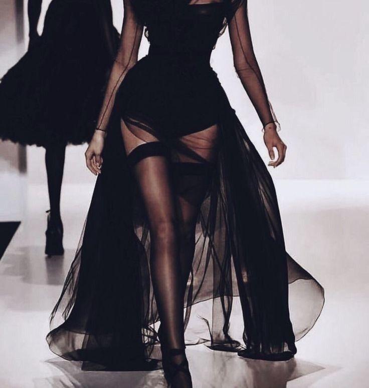 runway fashion.