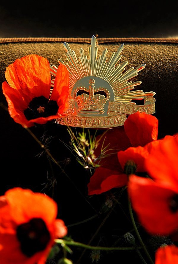 ANZAC DAY - 2015 - LEST WE FORGET