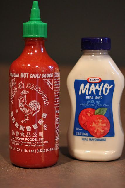 Ever wonder how to make the spicy mayo that they use at sushi restaurants? It is soooo easy! Recipe here...