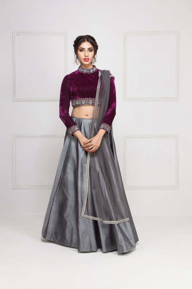 KALKI gunmetal and burgundy lehenga #Flyrobe #Bride #Wedding #Lehenga #IndianWedding #designer #designerlehenga #lehengacholi #lightlehenga #heavylehenga