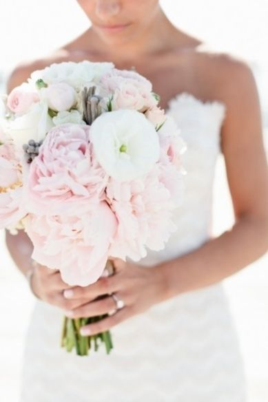 soft blush, gray, and white bouquet